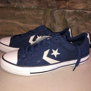 New Converse Navy Shoes Mens 7.5 Women's 9.5